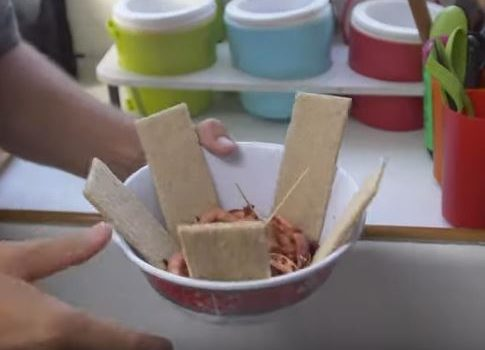 La cuisine sur les trimarans ultimes (vidéos)