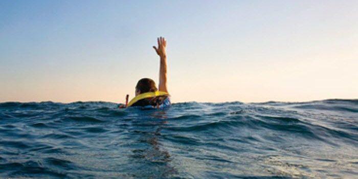 Récupération d'homme à la mer (vidéo)